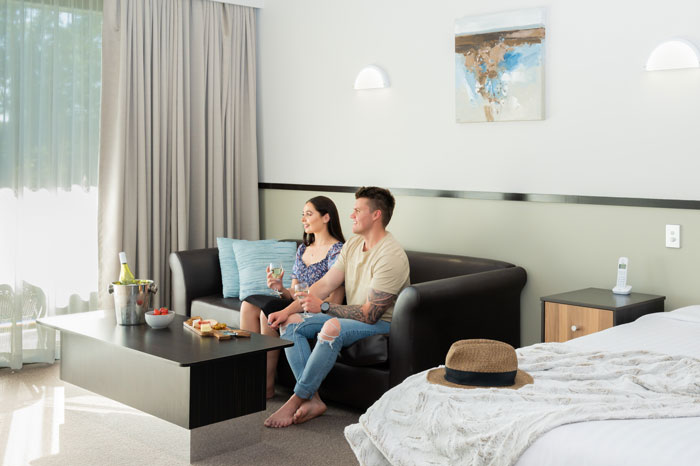 Macquarie 4 Star Spa Room Lake Macquarie Accommodation